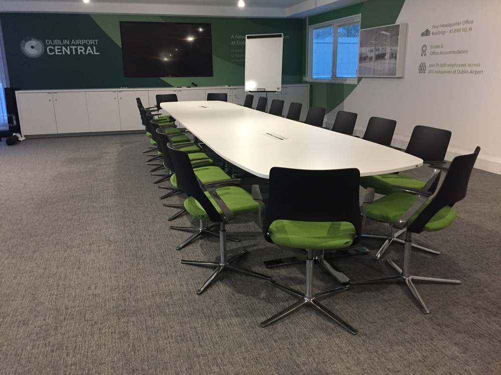 Kinnarps Oberon Meeting Table and Embrace Chairs