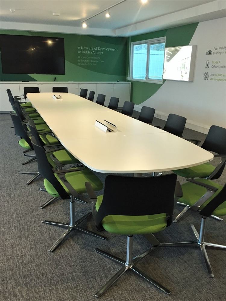 Kinnarps Oberon Table and Embrace Chairs